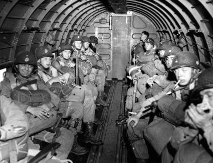 D Day Invasion Paratroopers American paratroopers ...
